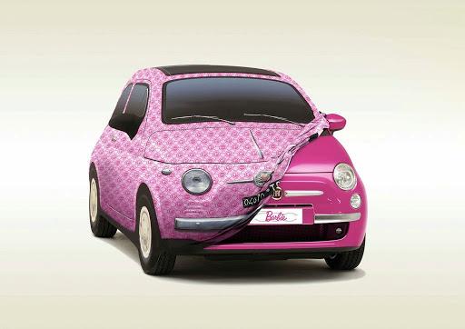 Fiat 500 Barbie Edition, sau cât de roz poate fi o mașină…