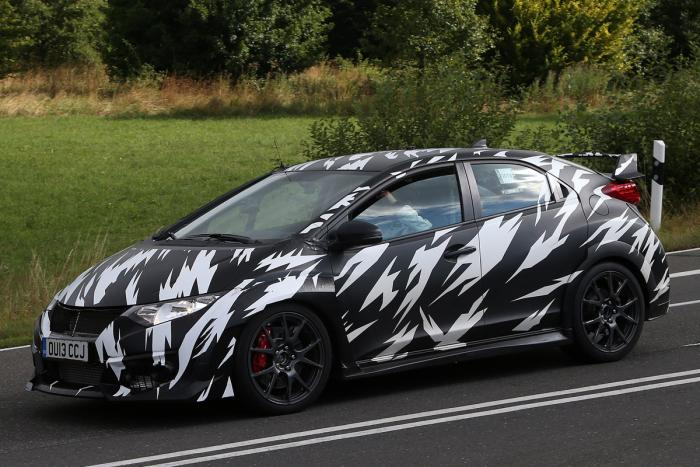 The new Honda Civic Type-R, spied